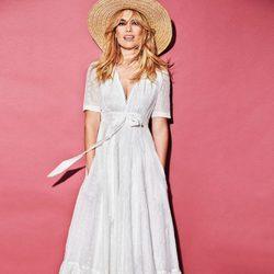 Vestido blanco con lazo de la colección PV18 de Patri Conde by Dándara