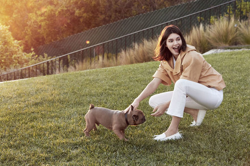 Pantalón blanco de la campaña primavera/verano 2018 de Tod´s protagonizada por Kendall Jenner