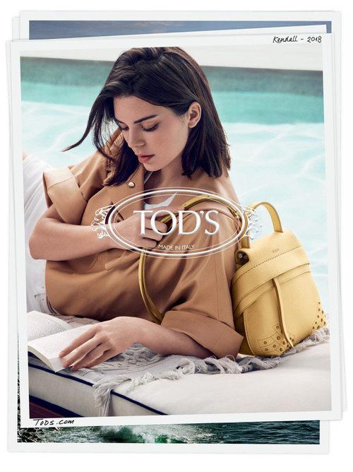 Blusa marrón y bolso amarillo de la campaña primavera/verano 2018 de Tod´s protagonizada por Kendall Jenner