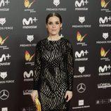 Nuria Gago con un vestido negro de encaje en los Premios Feroz 2018