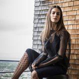 Vestido negro con mangas transparentes de la colección primavera/verano 2018 de Wolford