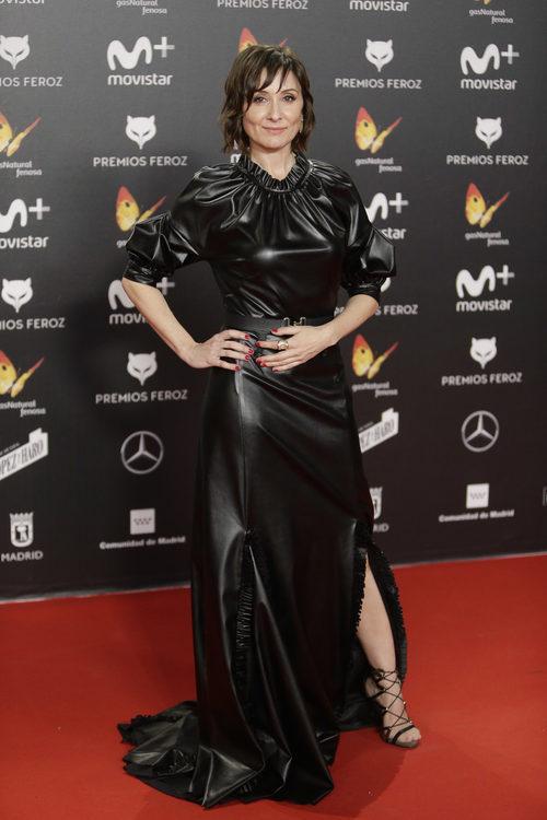 Nathalie Poza con un vestido negro