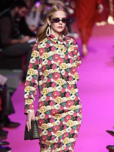 Vestido de flores de Jorge Vázquez de la colección otoño/invierno 2018/2019 en la Madrid Fashion Week