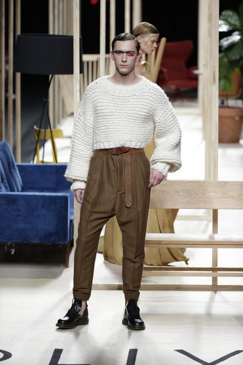 Jersey de lana de Juanjo Oliva otoño/invierno 2018/2019 en la Madrid Fashion Week