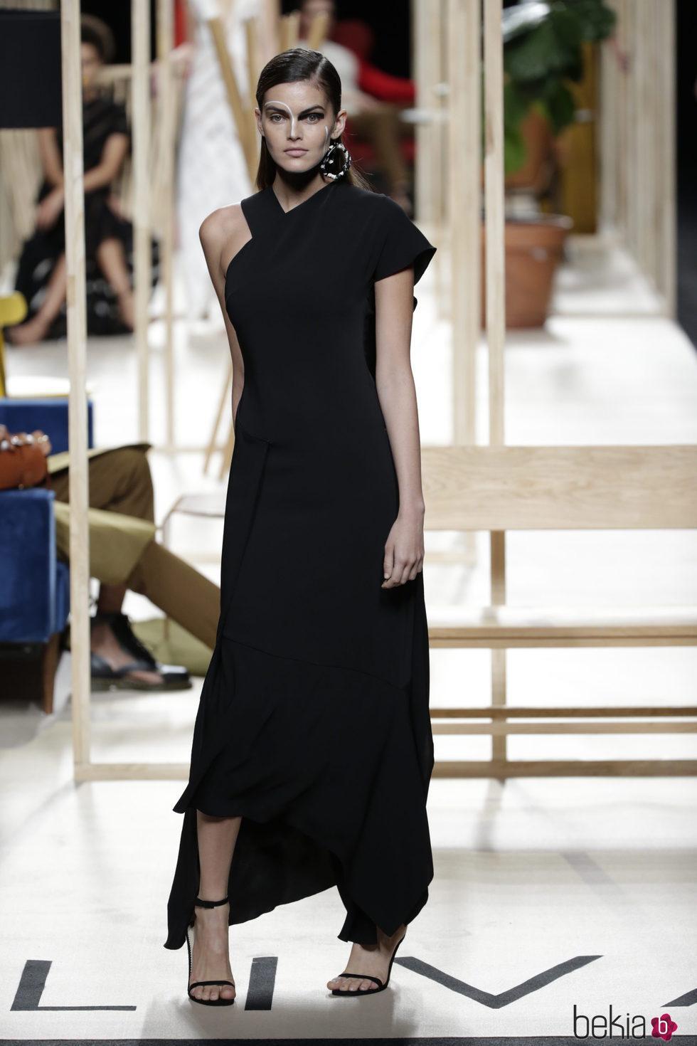 Vestido negro otono 2019
