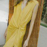 Vestido amarillo colección de Intropia de su temporada primavera/verano 2018