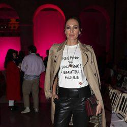 Nieves Álvarez con un look informal en el desfile de Juan Vidal en la Madrid Fashion Week