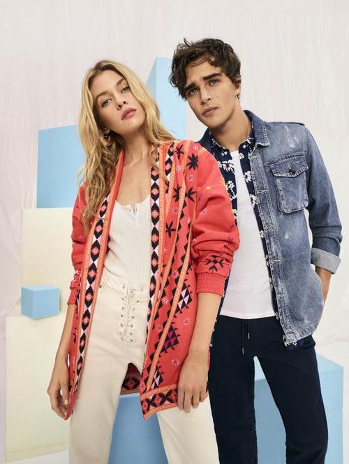 Stella Maxwell y Pepe Barroso Silva en la nueva campaña de Pepe Jeans 2018