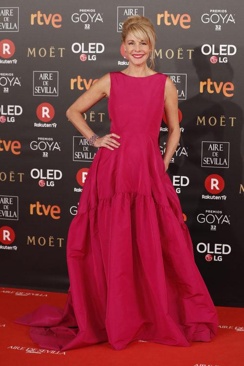Belén Rueda y su vestido fucshia de Carolina Herrera en los Goya 2018