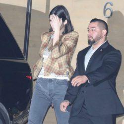 Kendall Jenner pasea por las calles de Los Ángeles 2018