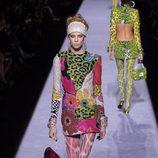 Mini vestido con estampados y lentejuelas de la colección de Tom Ford otoño 2018 en Nueva York Fashion Week