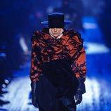Blusa roja con volantes de Marc Jacobs para otoño 2018 en la Nueva York Fashion Week