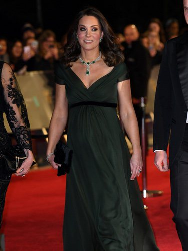 Kate Middleton con un vestido de Jenny Packham en los Premios BAFTA 2018