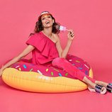Eva González posa con unas sandalias de plataforma para la colección de Mariamare primavera/verano 2018