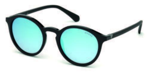 Gafas de sol con forma pantos azules  de la colección de Guess SS18