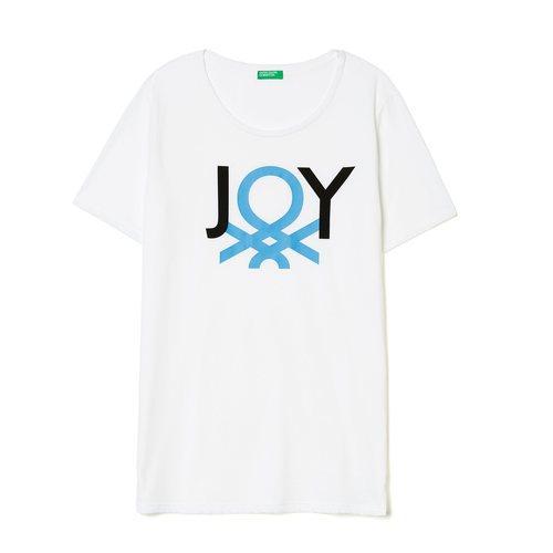 Camiseta blanca con mensaje de United Colors Of Benetton de la colección para primavera/verano 2018