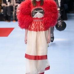 Desfile de Gucci en búsqueda de la identidad para otoño/invierno 2018/2019 en la Milan Fashion Week