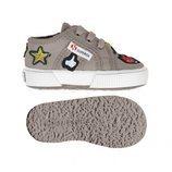 Zapatillas grises con parches de Superga Kids para la temporada primavera/verano 2018