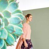 Pantalón ancho y blusa fluida de la colección primavera/verano 2018 de Trucco