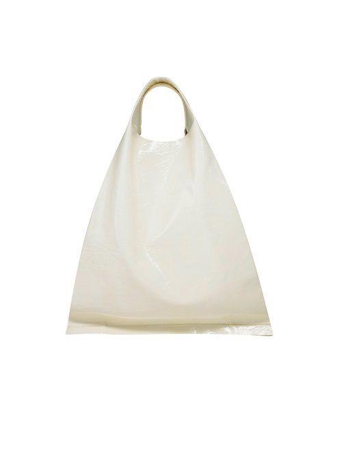 Bolso  grande en color blanco de la Nueva Colección de la firma Cos 2018