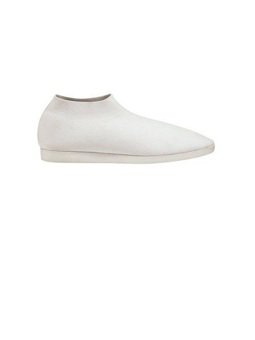 Zapatilla deportiva en color blanca de tela de la Nueva Colección de la firma Cos 2018
