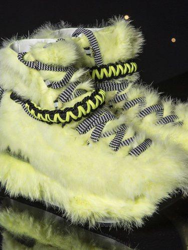 Zapatillas de pelo amarillo de la Nueva Colección de Hogan para Otoño/Invierno 2018