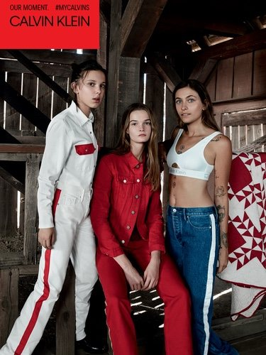 Paris Jackson, Millie Bobby Browns y Lulu Tenney posando para  la colección de Calvin Klein #MYCALVINS para primavera 2018