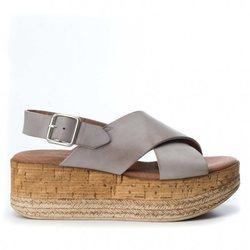 Nueva Colección Primavera/Verano 2018 de la firma de zapatos Carmela