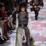 Falda de vuelo y estampados  de Dior otoño/invierno 2018/2019 en la Paris Fashion Week