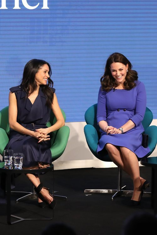 Meghan Markle y Kate Middleton con dos looks opuestos en el I Forum de la Royal Fundation