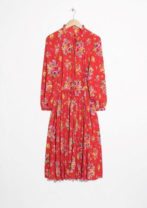 Vestido rojo de estampado floral de la Nueva Colección Primavera/Verano 2018 de & Other Stories