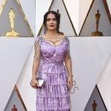 Salma Hayek vestida de Gucci en la alfombra roja de los Premios Oscar 2018