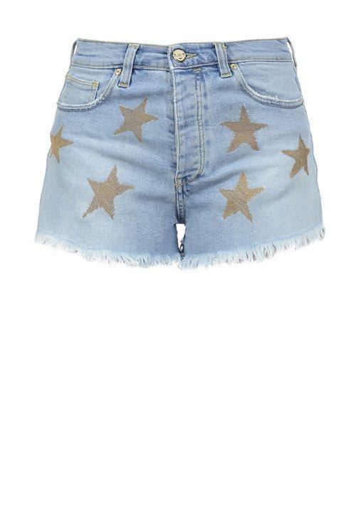 Shorts vaqueros con estrellas estampadas de la nueva colección de Pinko de kimonos