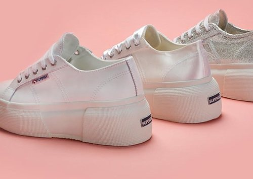 Los 3 diseños de zapatillas Superga up5 con plataforma de 7 cm
