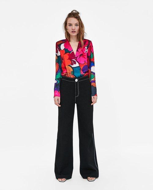 Body con estampado de flores de colores de la Nueva Colección de Zara 2018