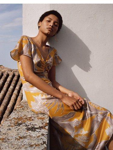 Vestido vaporoso estampado de Spring Shades Mango para la primavera 2018