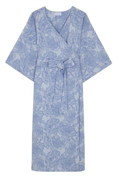 Vestido midi con estampado de flores azul bebé de la nueva coleccion primavera/verano 2018 de Betolaza