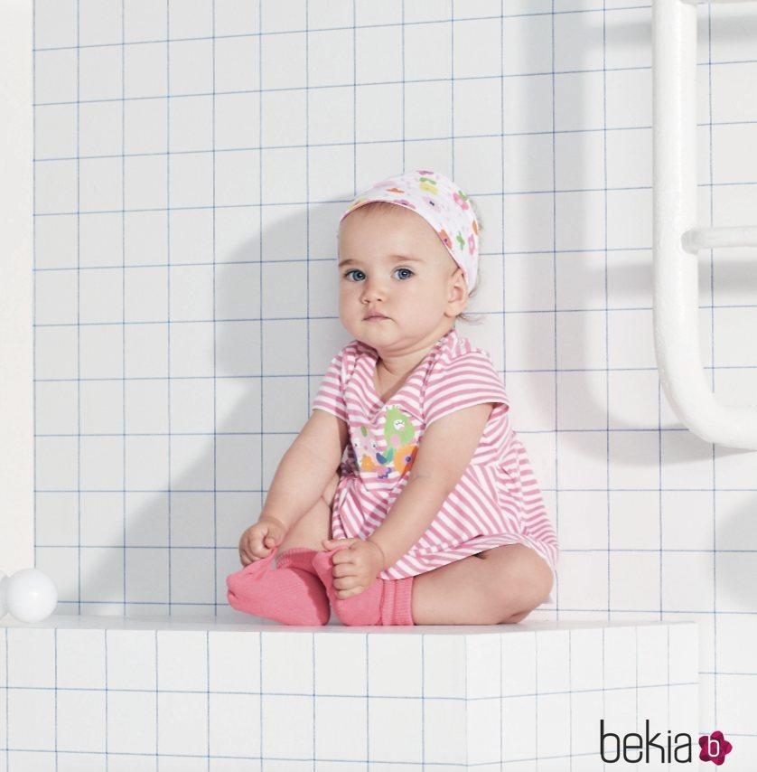 Vestido a rayas rosa y blancas de Tuc Tuc primavera/verano 2018