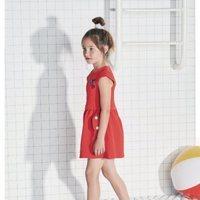 Vestido corto rojo con mangas y vuelo de Tuc Tuc primavera/verano 2018