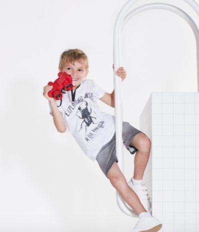 Short y camiseta blanca con estampados de Tuc Tuc primavera/verano 2018