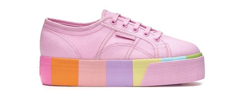 Zapatillas rosa claro con la plataforma a colores de Superga primavera/verano 2018