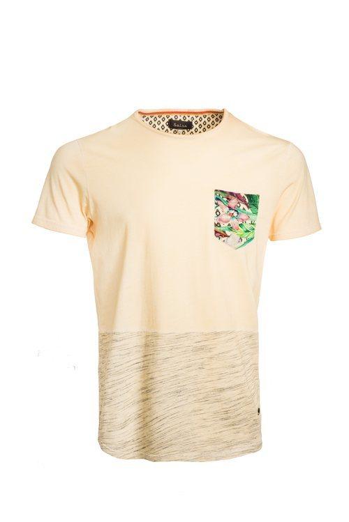 Camisa amarilla con el bolsillo de estampado tropical de Salsa para la primavera 2018