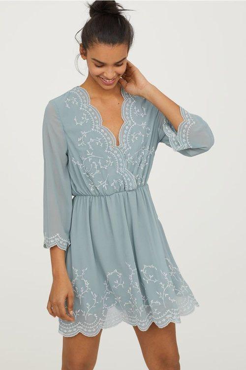 Vestido bordado  de la nueva colección de primavera de H&M