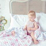 Mantita azul y rosa de 'Los Aristogatos' de Aden+Anais en colaboración con Disney Baby