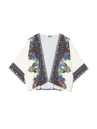 Kimono estampado de la colección 'Coachella Vibes' 2018