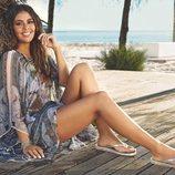 Cristina Pedroche con unas sandalias con la suela blanca y plateada de la nueva colección de Ipanema primavera/verano 2018