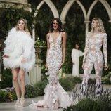 Vestidos de la colección Atelier 2019 de Pronovias en la Barcelona Bridal Fashion Week 2018