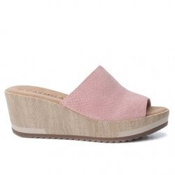 Colección primavera/verano 2018 de la firma de calzado Carmela