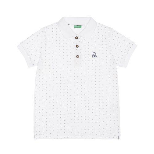 Polo de estampado minimalista de la nueva línea de Benetton Kids