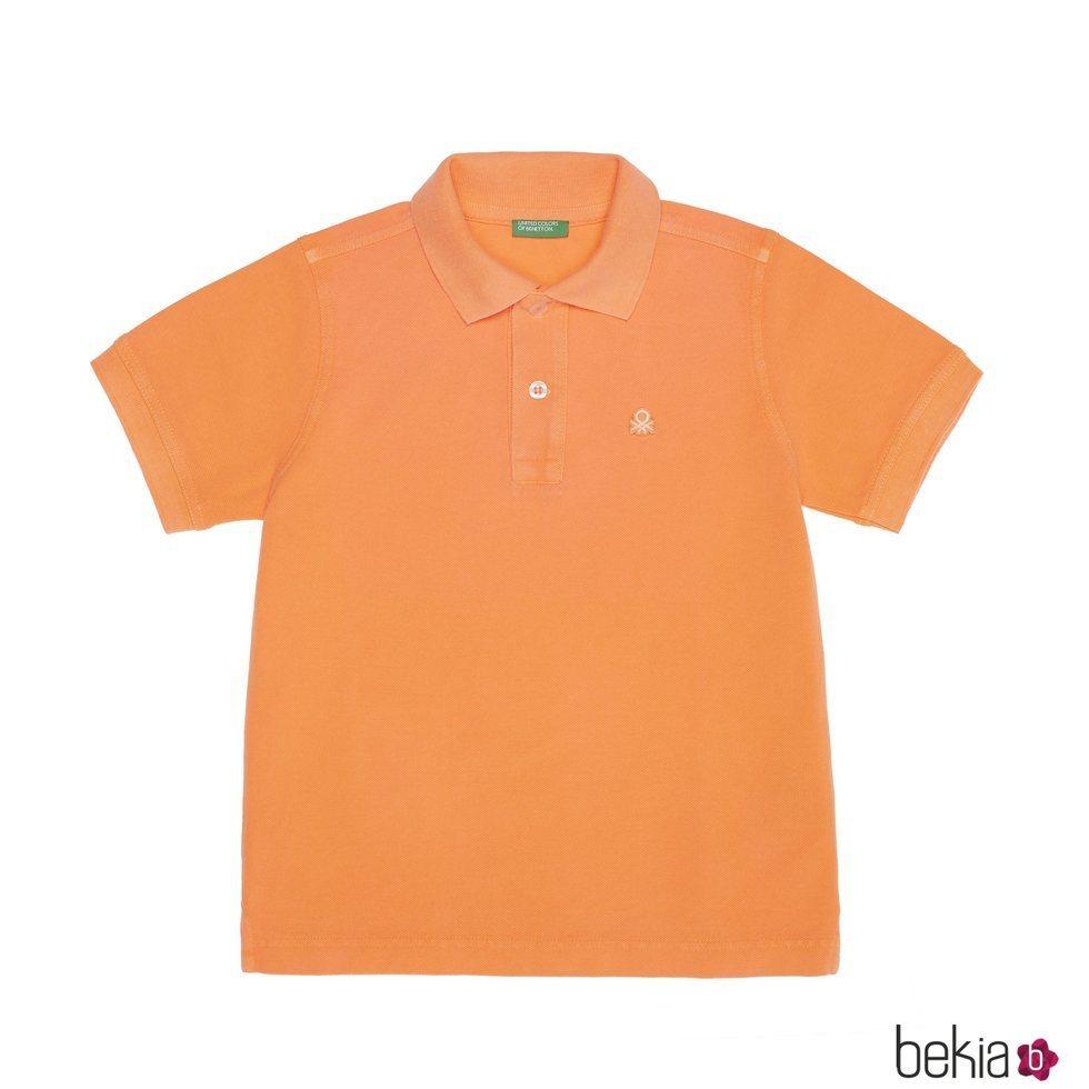 Polo para niño color naranja de la nueva línea de Benetton Kids